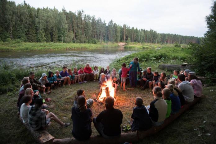 vasaras nometne bērniem
