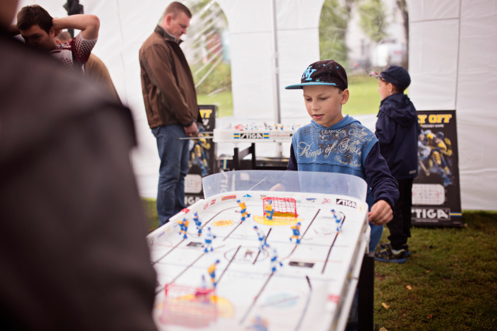 Galda hokejs tēva diena