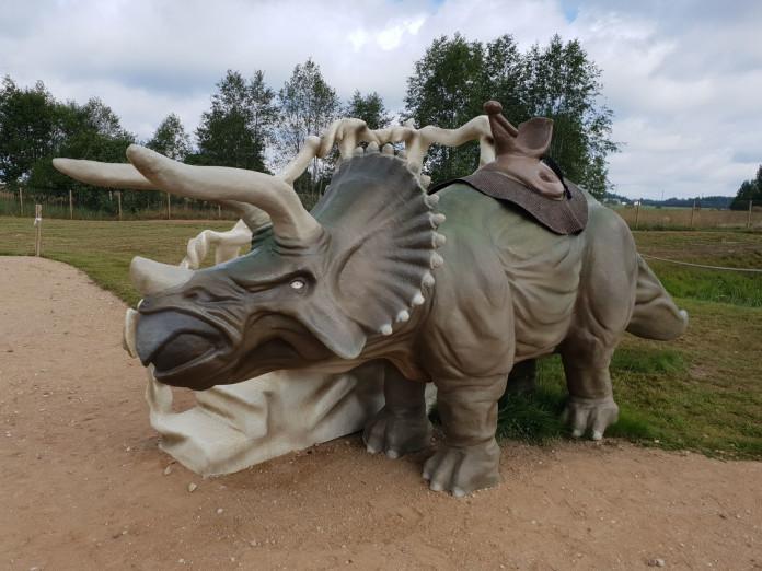 AB parka dinozaurs