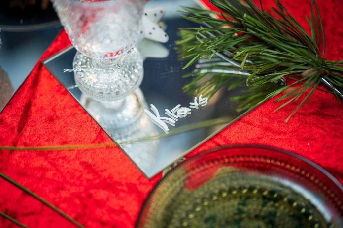 galda kartes svētku galdam